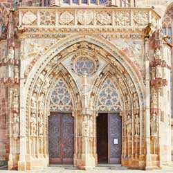 Portal - Frauenkirche Nürnberg
