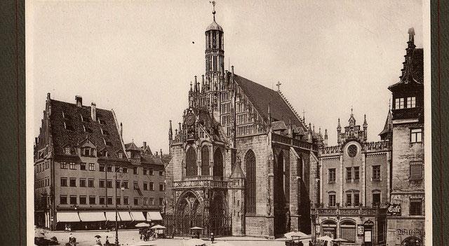 Old - Frauenkirche Nürnberg